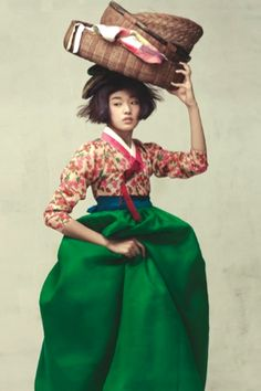 "Vogue Korea (Oct 2010) ""Harvest Feast""  Photographer Ogh Sang Sun - model Choi Ara; korea hanbok"