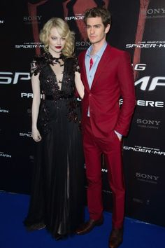 Emma Stone and Andrew at The Amazing Spider Man premiere. Never knew a red suit could look so good!