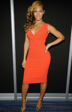 Beyonce looking AMAZING in a tangerine dress #knockout via @lovebrownsugar