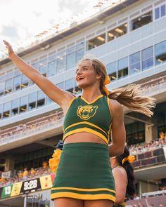 Baylor Spirit Squad   BU Cheerleaders   Baylor University Game-day   Football season Cheer Pics, Cheer Pictures, Senior Pictures, School Goals, Baylor University, Football Season, College Football, Just Go, Cheerleading
