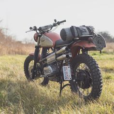 Super Scrambler by Analog Motorcycles based on a 1975 Ducati GT860