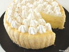charlotte citron façon tarte au citron meringuée_5 Gateau Cake, Fancy Desserts, Cake Art, Amazing Cakes, Sweet Treats, Cheesecake, Deserts, Food Porn, Dessert Recipes