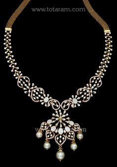 18 Karat Rose Gold Polish Diamond Necklace with South Sea Pearls Diamond Necklace Simple, Diamond Pendant, Diamond Jewelry, Gold Jewelry, Gold Necklace, Cz Jewellery, Gold Jewellery Design, South Sea Pearls, Gold Polish