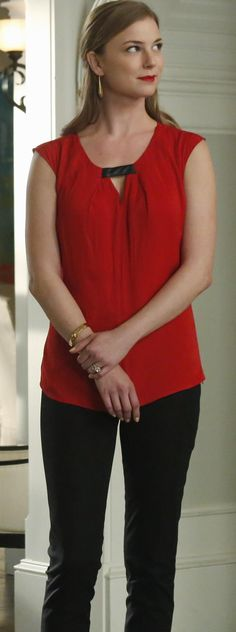 "Emily Thorne from ""Revenge"" played by Emily VanCamp in Trouve Front Keyhole Woven Top – 3x13 ""Hatred"""