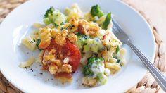 Broccoli & tomato macaroni bak image