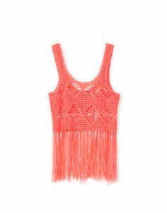 #CHALECO #FLECOS @· Bershka · 22.99€ #color #salmón #tendencia #primavera #moda
