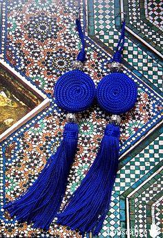 Lovely Moroccan tassels on traditional Zellij. #Zellij #Tassels #Moroccan #Decor #Patterns.
