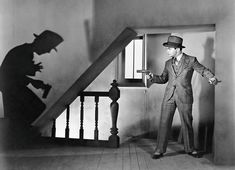 Warner Brothers' 1931 film, Little Caesar starring Edward G. Robinson was hugely successful in some states but cut to shreds by censors in others because of suspected hero worship of the gangster. Classic Film Noir, Classic Films, Film Noir Fotografie, Film Noir Photography, Detective Aesthetic, Gangster Films, Mass Culture, Crime Film, Great Films