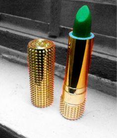 Green lipstick...Oztastic