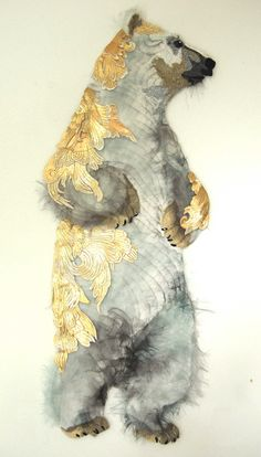 the piece I like to have someday by Karen Nicol Polar bear, gold leaf art Illustrations, Illustration Art, His Dark Materials, 3d Studio, Bear Art, Art Abstrait, Textile Artists, Grafik Design, Painting Inspiration