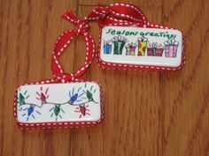 domino ornaments, Christmas (make it yourself) Easy Christmas Ornaments, Christmas Makes, Handmade Ornaments, How To Make Ornaments, Christmas Projects, Simple Christmas, Kids Christmas, Handmade Christmas, Holiday Crafts