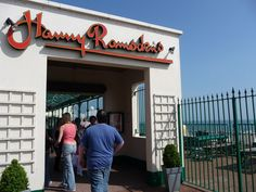 Bournemouth : Famous Harry Ramsden's Fish & Chips ? / c Martin