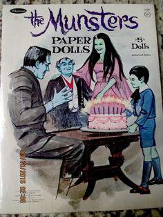 Vintage ORIGINAL BOOK 1966 MUNSTERS Paper Dolls ~RARE WHITMAN #1959 MINT