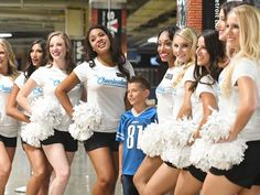 Lions upgrading fan experience at Ford Field  http://www.detroitnews.com/story/sports/nfl/lions/2016/09/16/lions-upgrading-fan-experience-ford-field/90522822/