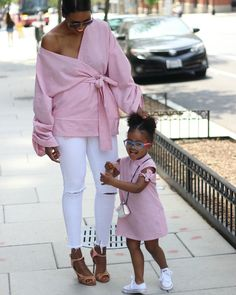 💕 using my Mini Jadore Marie pattern with alterations. Mother Daughter Matching Outfits, Mother Daughter Fashion, Mommy And Me Outfits, Mom Daughter, Toddler Outfits, Girl Outfits, Cute Outfits, African Dresses For Kids, African Wear