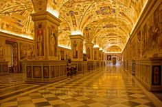 Vatican Museum Vatican City Travel the pious Vatican City for a getaway Best Vacation Spots, Best Vacations, Places To Travel, Places To Visit, Santa Sede, Pictures Of Beautiful Places, Sistine Chapel, Vatican City, Museums