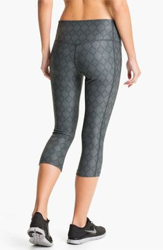 Nike  Poly  Print Capri Tights  bc9e1d364cd