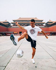 Cristiano Ronaldo has been soaking up the delights China has to offer on day one of his annual Tour' along with sponsors Nike. Cristiano Ronaldo Age, Cristano Ronaldo, Nike Cr7, Champions League, Real Madrid, Premier League, Manchester United Ronaldo, Ronaldo Pictures, World Best Football Player