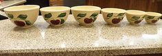 RARE Watt Pottery 9,8,7,6,5 Apple Pattern Mixing Nesting Bowl Set COMPLETE