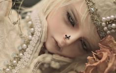 This photographer has the most amazing photos of bjd's.  So alive: Visit by alientune.deviantart.com on @deviantART