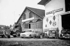 Renault Garages, Car, Vintage Cars, Automobile, Garage, Autos, Car Garage, Cars