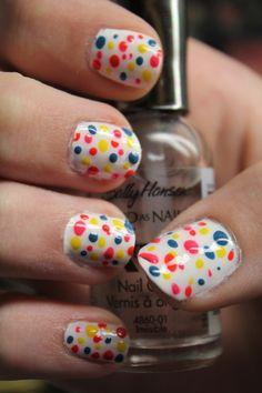 Polkadot Nails! http://media-cache3.pinterest.com/upload/133559945169270400_JoujJCbF_f.jpg cuhristopher nails