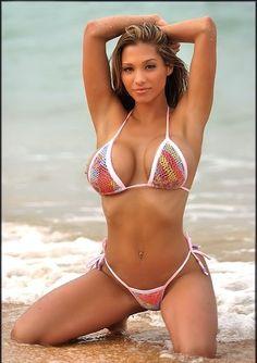 Sexy girls showing off thier bikini body .