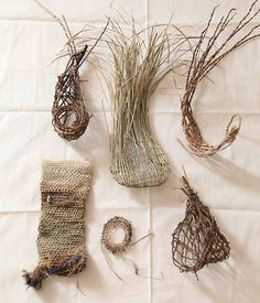 Weaving techniques. First row left – right: Combination of random and coil weave, twist weave, beginning of random weave. Second row left – right: Loop stitch woven into a Dilly bag, loop stitch...