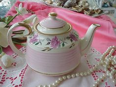 VINTAGE Sadler TEAPOT with ROSES by BUTTERCUPGARDEN on Etsy, $28.00