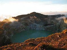 Complex volcano - Wikipedia, the free encyclopedia