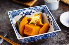 Simmered Kabocha Squash (Japanese Pumpkin) かぼちゃの煮物 - Cooked in savory dashi broth seasoned with soy sauce and sake, thisclassic Japanese Simmered Kabocha Squash makes a great healthy side dish that is chock-full of nutrients. #Kabocha #Nimono #Pumpkin #かぼちゃ #南瓜 | Easy Japanese Recipes at JustOneCookbook.com