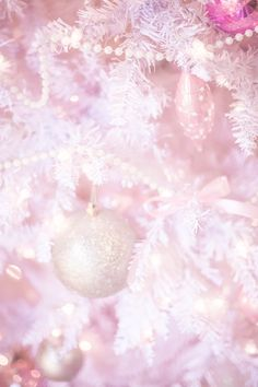 When it came to decorating for a Christmas this year, I wasn't holding back from putting a pretty and feminine touch on our Christmas decor! I chose a darling little white tree from Hayneedle and chose pink and gold ornaments to give it a darling... #aprettypastelchristmas #classicfashionstylist