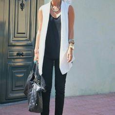 Zara Off White Cream Tuxedo Vest Sleeveless Jacket Blazer Sleeveless Blazer Outfit, White Vest Outfit, Sleeveless Jacket, Blazer Outfits, Classy Outfits, Casual Outfits, Fashion Outfits, Work Fashion, Fashion Looks