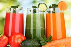 Liquid Diet to Lose Weight Fast and Detox. You have a better reason to drink fruit and veggies juice in liquid diet that helps you lose weight and detox too Best Juicing Recipes, Detox Recipes, Smoothie Recipes, Juice Recipes, Healthy Recipes, Delicious Recipes, Healthy Foods, Veggie Smoothies, Protein Smoothies