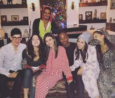 Avan Jogia, Matt Bennett, Elizabeth Gillies, Victoria Justice, Leon Thomas III, Daniella Monet and Ariana Grande