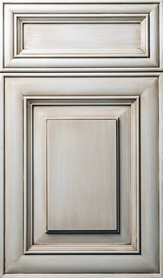 Kitchen Cupboard Door Concepts as well as Layouts The Ultimate Guide kitchen cabinet doors not closing tips for 2019 - White N Black Kitchen Cabinets Glazed Kitchen Cabinets, Kitchen Cabinet Door Styles, Kitchen Cupboard Doors, Painting Kitchen Cabinets, Kitchen Paint, Kitchen Redo, Cabinet Doors, Kitchen Design, Whitewash Kitchen Cabinets