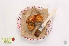 Costilla de cerdo BBQ. Corte baby rack de costillas de cerdo cocido al vacío y terminado al horno servidas con una salsa barbacoa reducida con cerveza negra.
