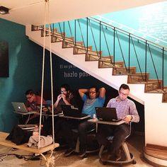 @thepoolmx el #coworking que haces tuyo. #Poolers #smartbelab