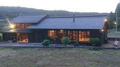 欲しかったのはこんな古民家リノベ - 物件ファン Sims 4 Modern House, Big Modern Houses, Japanese Modern House, Modern House Floor Plans, Modern House Facades, Small Modern Home, Modern House Design, Modern House Philippines, Minecraft Modern
