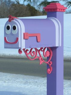 Blues Clues mailbox....Must do this for the girls!!!