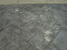 Outstanding stamped concrete vs pavers for modern outdoor design with concrete vs pavers patio Stamped Concrete Driveway, Concrete Driveways, Pavers Patio, Walkways, Outdoor Spaces, Outdoor Living, Backyard Retreat, Backyard Ideas, City Background