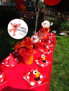Elmo Birthday Party by Frosted Events  frostedevents.com  Party printables created by   www.printablepartyshop.com
