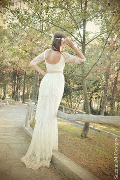 Vestido de encaje en capas color marfil | 50 vestidos de novia de ensueño de los que te enamorarás