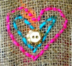 Cassie Stephens: In the Art Room: My Fave Fiber Arts Lessons! Cassie Stephens, Collaborative Art Projects, Sculpture Lessons, 3rd Grade Art, Easy Sewing Projects, Diy Projects, Collage Artwork, Valentines Art, Art Lessons Elementary