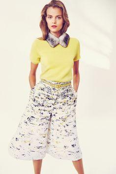 Love this as a skirt! The print reminds me of birch bark  Carolina Herrera Resort 2016 Fashion Show