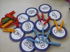 EDUCAÇÃO INFANTIL: JOGO DE ASSOCIAÇÃO DE NÚMEROS COM PREGADORES