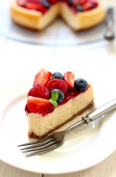 Wicked sweet kitchen: Triple berry cheesecake Berry Cheesecake, Food To Make, Waffles, Wicked, Berries, Breakfast, Sweet, Desserts, Recipes