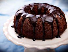 Túrós-csokis kuglóf recept