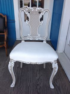 GORGEOUS French chair painted with Annie Sloan Chalk Paint (French Linen & Pure White??)  ~ Objects of Desire