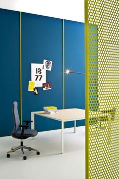 Modern Office Furniture from Castelli in home furnishings Category #furnituredesigns Bar Furniture, Home Office Furniture, Furniture Design, Bathroom Furniture, Workspace Design, Home Office Design, Office Designs, Office Dividers, Office Decor